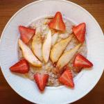 Oatmeal, Strawberries, Instagram Health, Smart App Health, Health Trends, Health Applications, Young Women, Fitness Apps